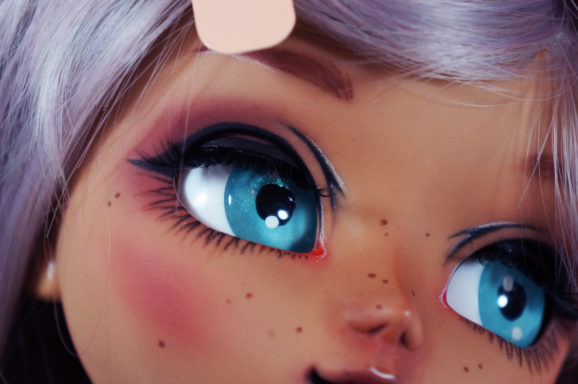Mocha Make-It-Own Pullip kit part 2: Custom Eye Chips